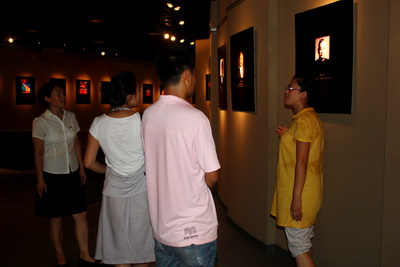 Journalists from Tianjin TV and Dagang TV paid a visit to the Tianjin D. Olympic Museum